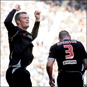 Chris Brunt celebrates scoring the opener for West Brom