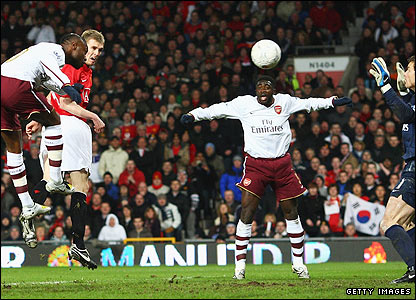 Darren Fletcher heads home United's second