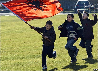 Kosovo Albanian children celebrate in Strasbourg