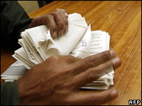 Vote counting in Pakistan, 18 February 2008