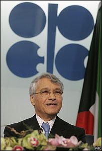 El presidente de la OPEP, Chakib Khelil, durante una rueda de prensa, 1 de febrero 2008