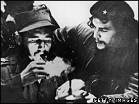 Fidel Castro (l) and Che Guevara in 1956