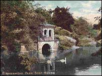 Postcard of Birkenhead Park Boat House