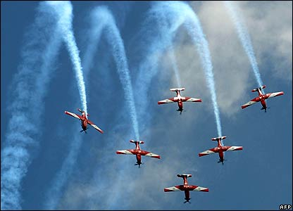 The Royal Australian Air Force Roulettes team performs at the Singapore Airshow