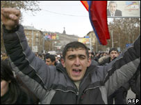 Supporters of Levon Ter-Petrosian protest in Yerevan