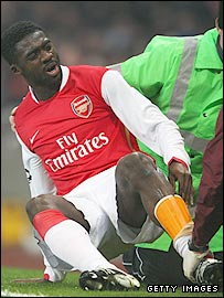Arsenal defender Kolo Toure went off with a calf injury against AC Milan