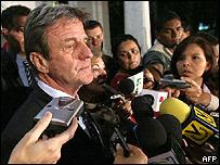 Bernard Kouchner, canciller de Francia