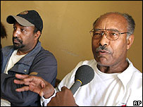 Ethiopian opposition leaders Hailu Shawel and Berhanu Nega answer questions (Nov 2005)