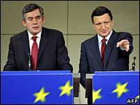 Gordon Brown and Jose Manuel Barroso