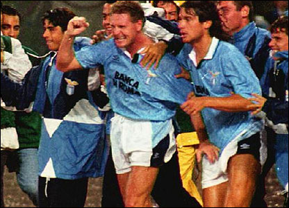 Paul Gascoigne celebrates with Lazio
