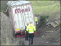 Lorry stuck in lane near Halton, Wrexham