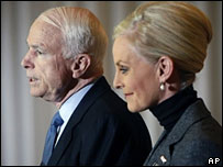 John McCain with wife Cindy at a press conference in Toledo, Ohio, 21 Feb 2008