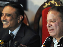 Asif Ali Zardari (left) and Nawaz Sharif announce their coalition - 21 February 2008