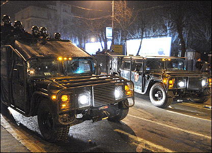 Riot police vehicles on the streets of Belgrade (Pic: Ognjen Radosevic, Vecernje Novosti)