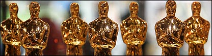 Oscars statuettes