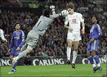 Woodgate scores a second for Spurs