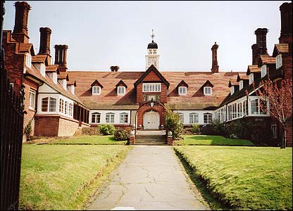 Frank James Memorial Hospital, Isle of Wight, built as a home for aged seamen in 1893 by Somers, Clarke and Micklethwaite