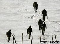 Turkish commando troops near the Turkey-Iraq border in Sirnak province, 24 February  2008