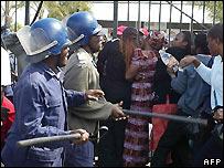 Zimbabwe police - file photo