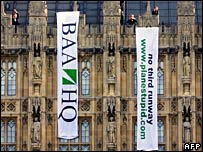Anti-Heathrow expansion protest at the Commons 27 February 2008