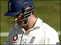 Andrew Strauss made a disappointing return to the England line-up