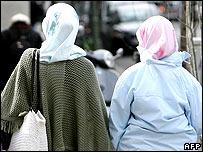 Two Muslim women