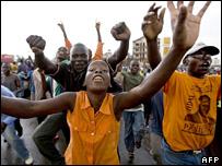 ODM supporters in Kisumu (28/02/08)