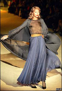 The model, Katoucha, presenting a creation for French designer Yves Saint Laurent in Paris (22/01/02)