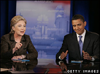 Hillary Clinton y Barack Obama en el debate en Ohio