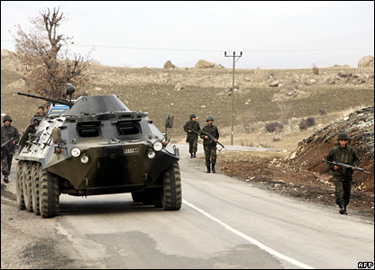 Turkish soldiers on a road near the Turkey-Iraq border in the south-eastern province of Sirnak