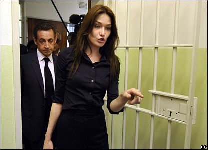 French President Nicolas Sarkozy, left, and his wife Carla Bruni, right, in South Africa, 29 February 2008