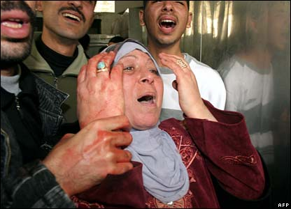 Palestinian woman mourns death of son - photo 1 March