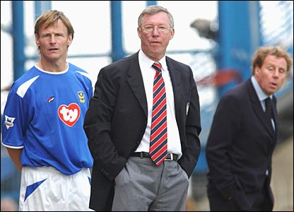 Sheringham with Sir Alex Ferguson and Harry Redknapp
