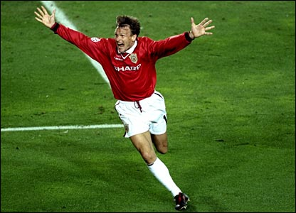 Teddy Sheringham celebrates scoring the dramatic late equaliser in the 1999 Champions League final against Bayern Munich