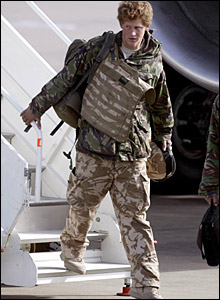 Prince Harry steps of plane