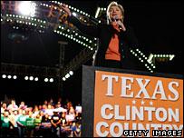 Hillary Clinton haciendo campaña en San Antonio, Texas, el de 29 febrero