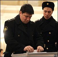 Sailors voting in St Petersburg