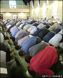 Prayer at Toronto's Jami mosque (file photo)