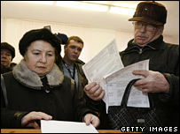 Russians go to the polls