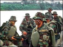 Militares ecuatorianos