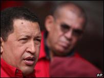 Hugo Chávez y Ramón Rodríguez Chacín