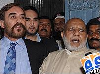 Ansar Burney (left) with Kashmir Singh