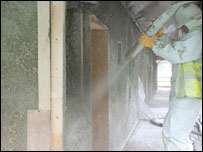 Hemcrete being sprayed on the new building (picture: CAT)