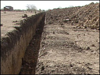Trench around N'Djamena