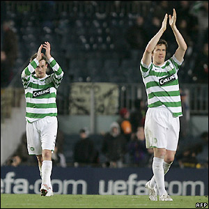 Celtic's players applaud their supporters