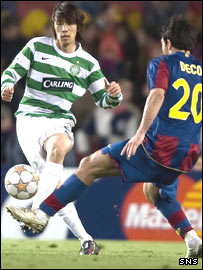 Celtic's Shunsuke Nakamura is challenged by Deco