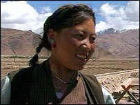 Young Tibetan woman, Zhongar