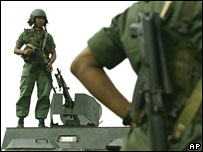 A Venezuelan National Guard soldiers on Venezuela's border with Colombia on 5 March 2008