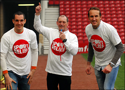 Emanuel Pogatetz and Mark Schwarzer do their Sport Relief Mile at the Riverside Stadium