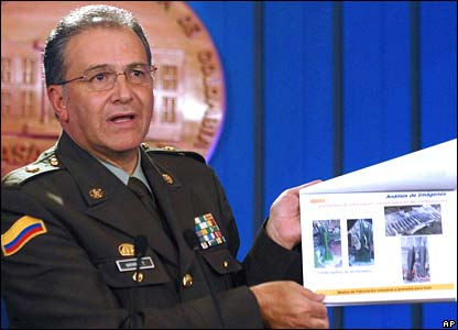 Colombian police chief Gen Oscar Naranjo at a news conference on Monday, displaying documents which allegedly suggest Venezuelan support for Farc rebels